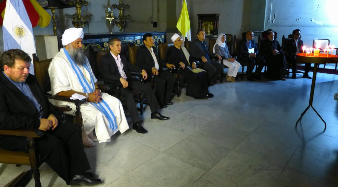 ¿Es correcto participar en pequeños grupos de dialogo interreligioso?