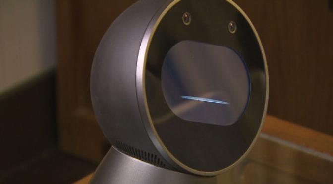 'JIBO' un simpático robot que puede monitorear tu casa las 24 horas