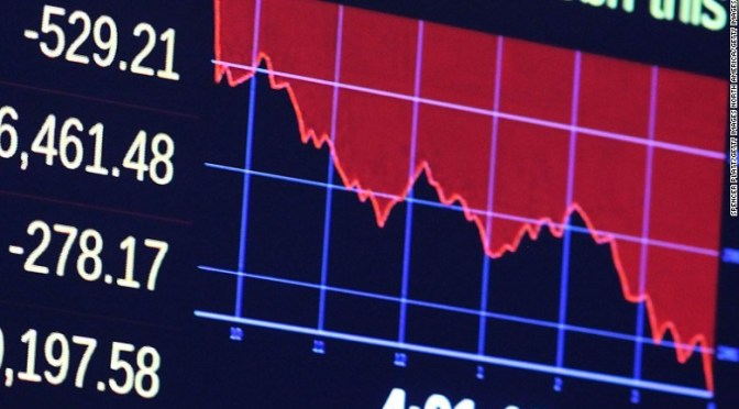 Lunes negro: se desploman bolsas de todo el mundo / Las monedas latinoamericanas caen a sus niveles mínimos en 22 años