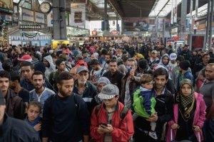 20000 refugiados sirios ingresando a Alemania