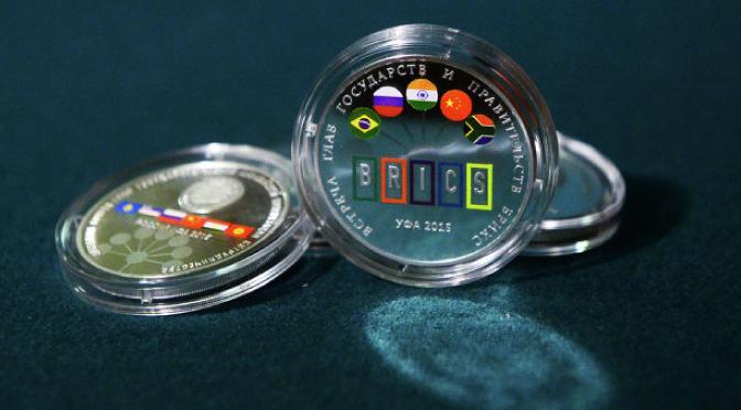 ¿Cómo crearán los BRICS su propia moneda?