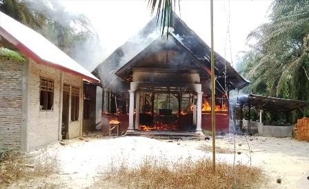 ataque-iglesias-indonesia2