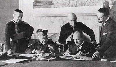Pio XI y Mussolini firman el Concordato