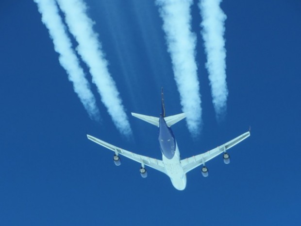 chemtrail avion