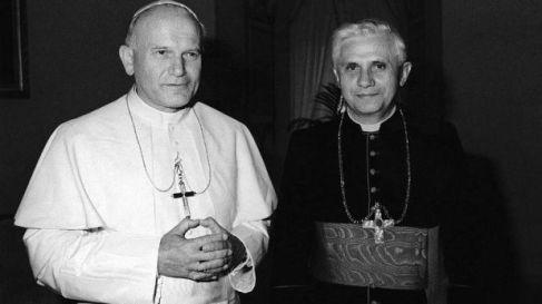 Juan Pablo II y el Cardenal Joseph Ratzinger