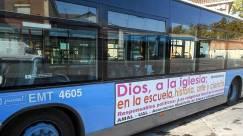 Bus ateo en Madrid, España