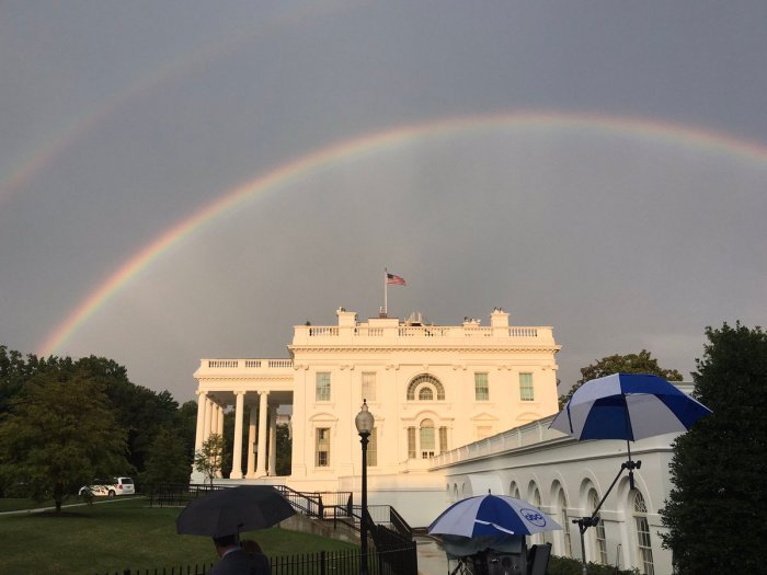 doble arcoiris casa blanca.jpg