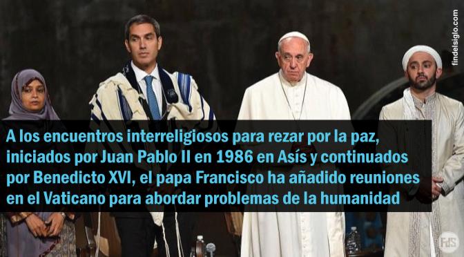 Papa Francisco: «La prioridad del diálogo entre religiones es rezar unos por otros»