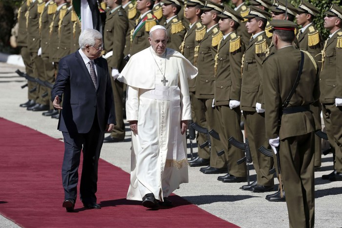 PALESTINIAN-ISRAEL-VATICAN-RELIGION-POPE