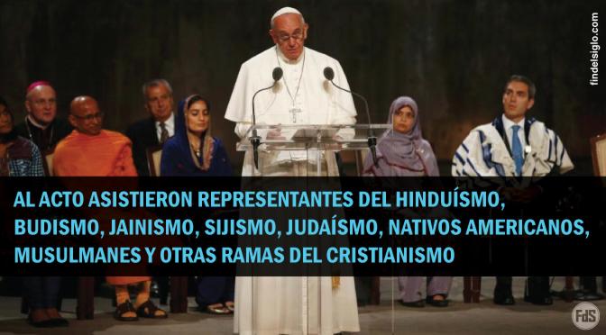 El papa reza con líderes de otras religiones en la 'zona cero' de Nueva York