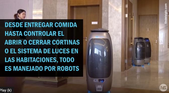 """[China] """"Hotel del futuro"""" manejado por robots"""