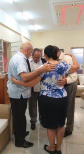 lideres cristianos en cuba orando