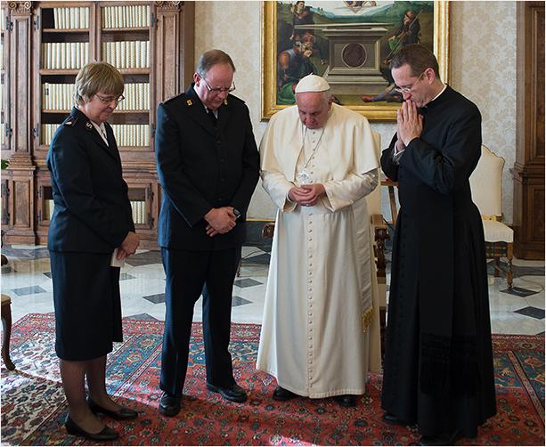 ejercito de salvacion en el vaticano3