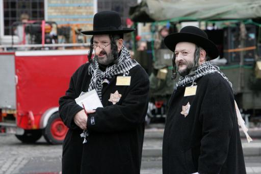 disfraces antisemitismo canaval Belgica 2