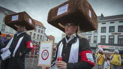 disfraces antisemitismo canaval Belgica 4